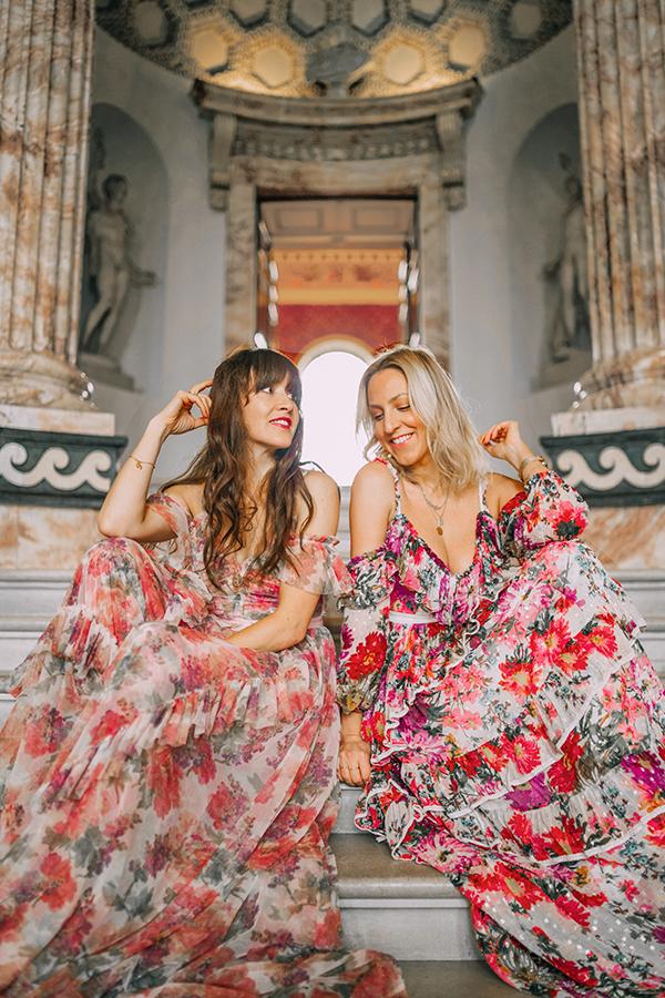 BELLE & BUNTY LONDON FASHION BLOG BLOGGERS INFLUENCERS HOLKHAM HALL WEDDING PRINCESS DRESSES
